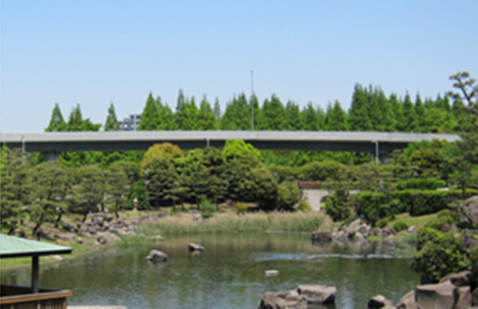 Image of the Suzuga-mori entrance after improvements