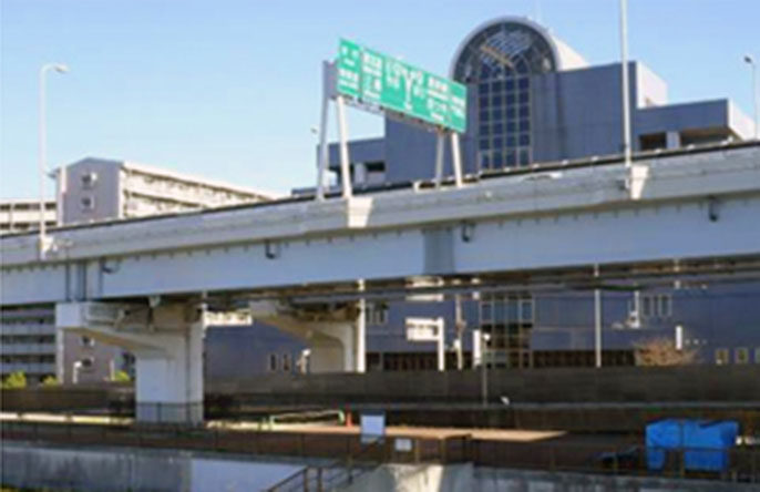 Image of the bridge girder near Tsutsumidori entrance/exit after improvements
